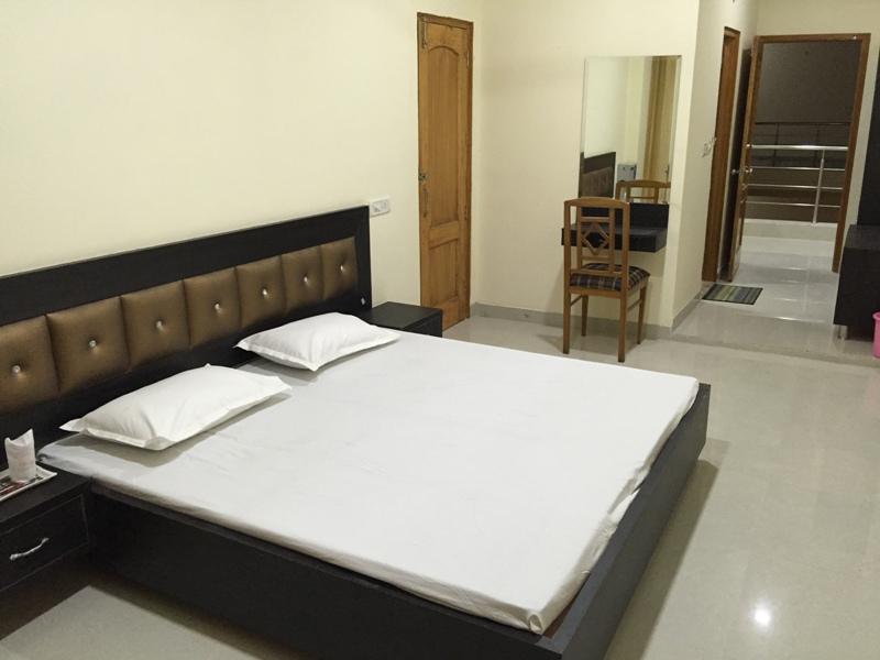 room1 (1)